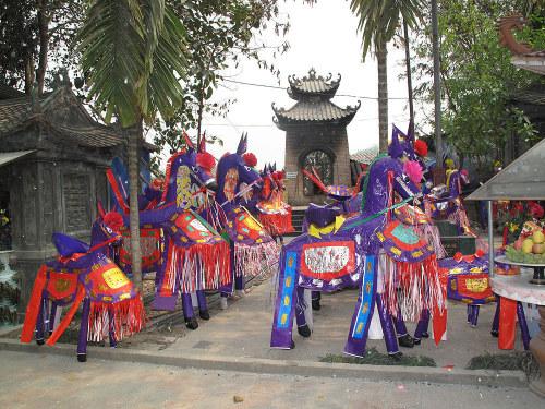 Hà Nội – Đền Ông Hoàng Bảy – Thác Bạc – Sapa 2 ngày